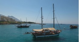 Shared Day Tour - Kyrenia Daily Boat Trips ( Small Groups Gathering To Join The Others on board )